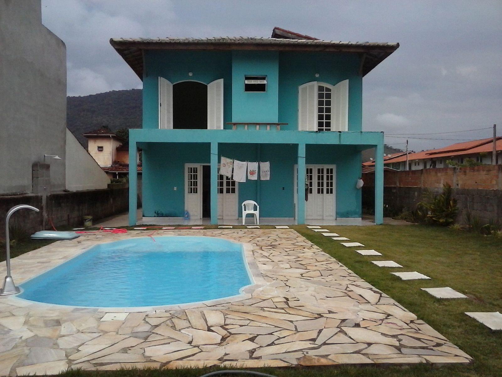 Maranduba – Casa c/ piscina – 4 Dorm. – 20 Pessoas – MR112